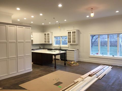 Molding and trim decorate your walls with molding - Embelish your home with attractive interior and exterior molding and trim ...